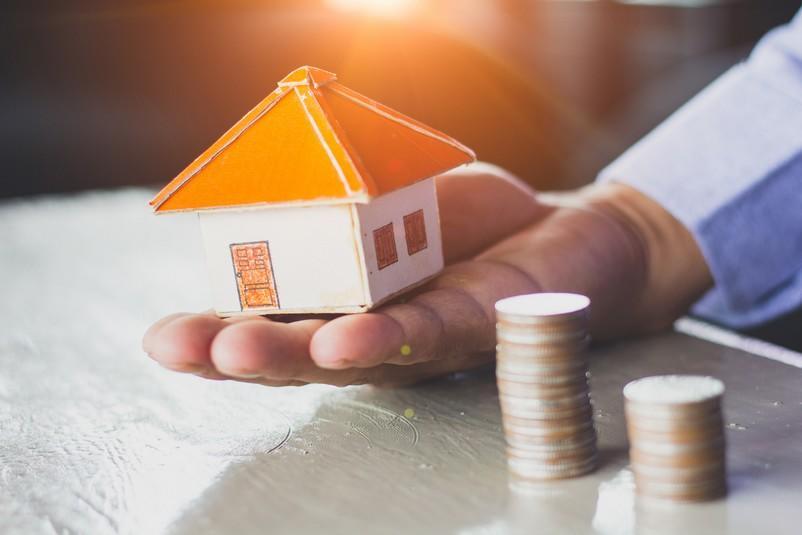 Crédit immobilier : est-il judicieux de le rembourser avec votre épargne ?