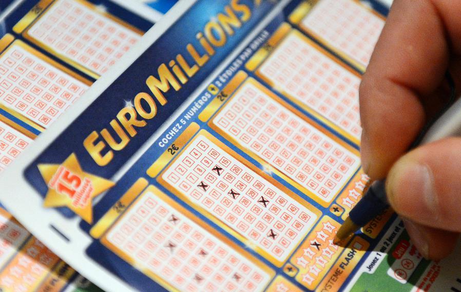 EuroMillions : très blagueur, sa femme ne le croit pas quand il gagne 30 millions d'euros