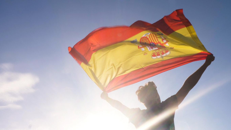 Vacances à l'étranger : l'Espagne durcit ses conditions d'accès