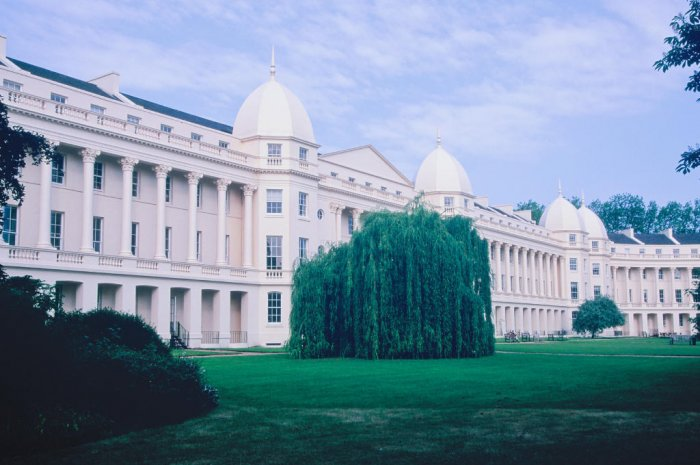 1 - London Business School (Angleterre)