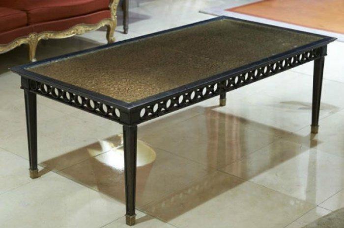 table basse style louis xvi planet