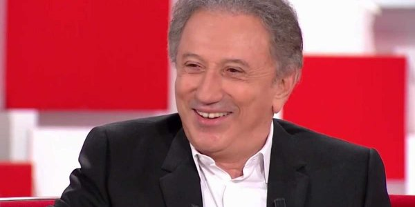 "VIDEO - Michel Drucker se lâche et vanne Florent Pagny sur ""ses fringues bizarres"""