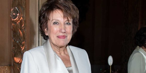 "Roselyne Bachelot approuve la destruction de stocks de masques : ""C'est normal"""