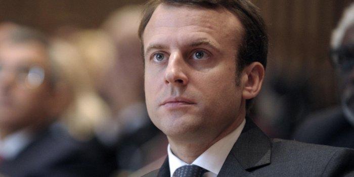 Pourquoi Emmanuel Macron n'a-t-il pas souhaité un joyeux Noël cette année ?