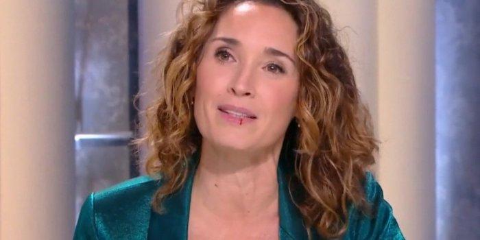 Marie-Sophie Lacarrau saigne soudainement de la lèvre en plein direct — Quotidien