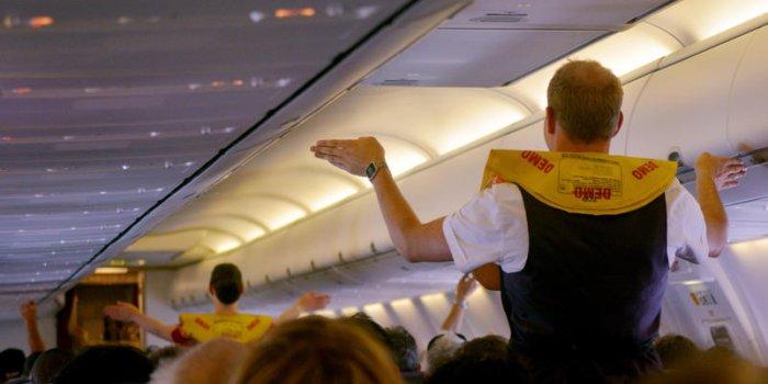 Air France Hotesses Pilotes Mais Combien Sont Ils Vraiment Payes