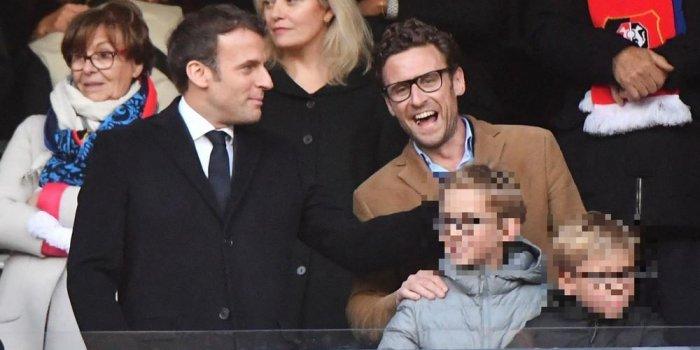 Photos Rares Emmanuel Macron Complice Avec Son Frere Et Ses Neveux Au Stade De France