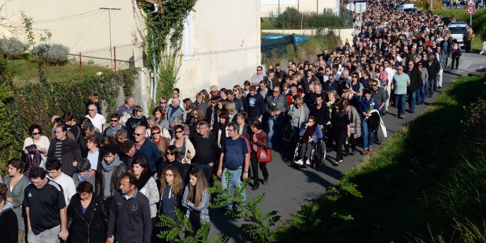 PHOTOS Gironde : l'hommage aux victimes de l'accident de car de Puisseguin